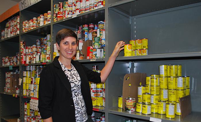 Jasmine Farahbakhsh at the Campus Food Bank