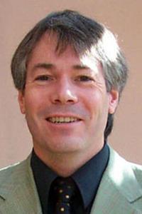 Stuart Lomas
