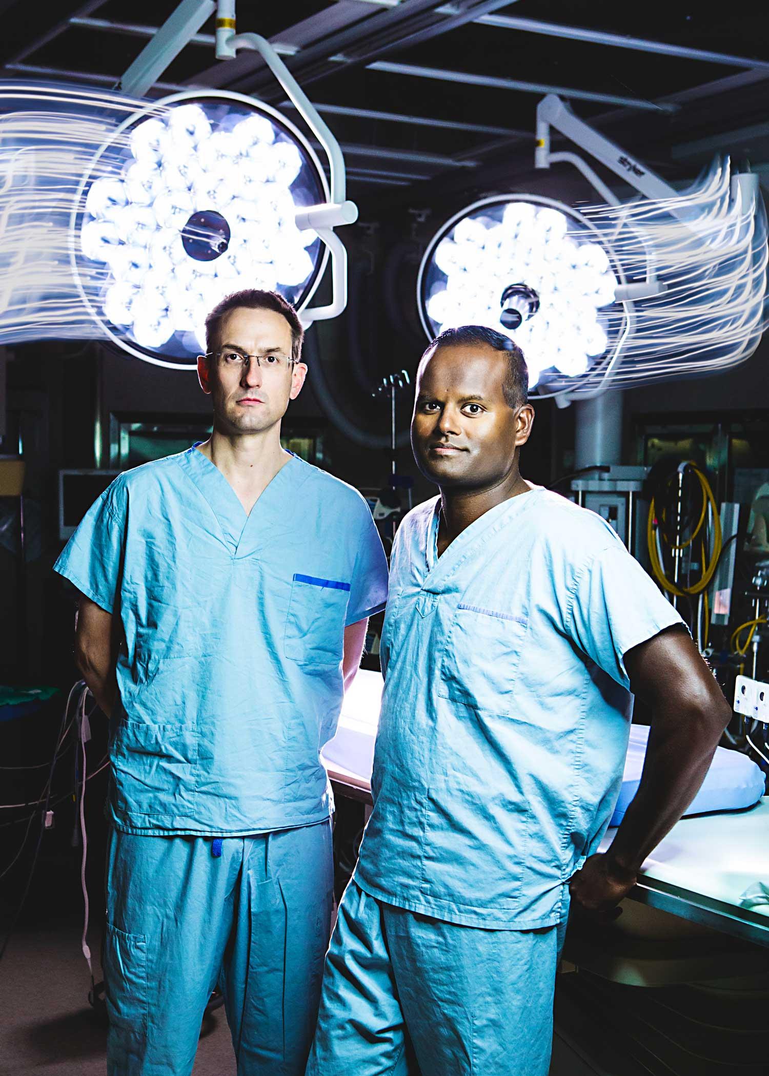 Surgery professors Darren Freed (left) and Jayan Nagendran