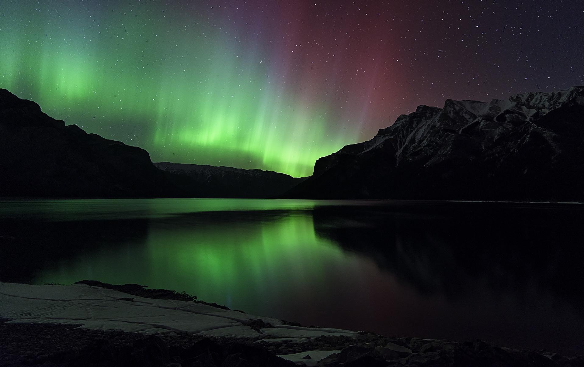 210111-space-weather-aurora-borealis-esa-banner.jpg