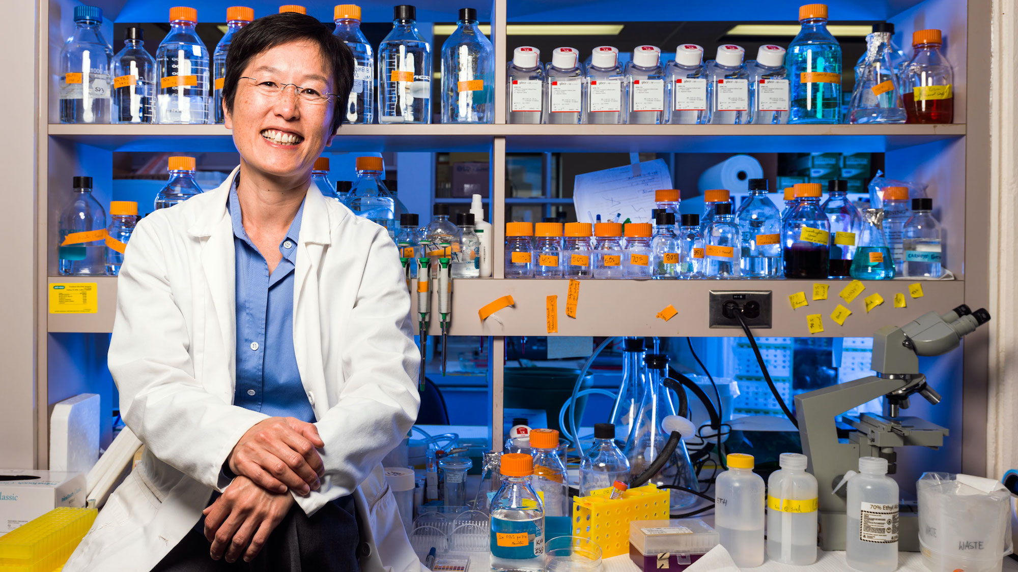 Photo of Ing Swie Goping, Professor in the Department of Biochemistry in the Faculty of Medicine & Dentistry