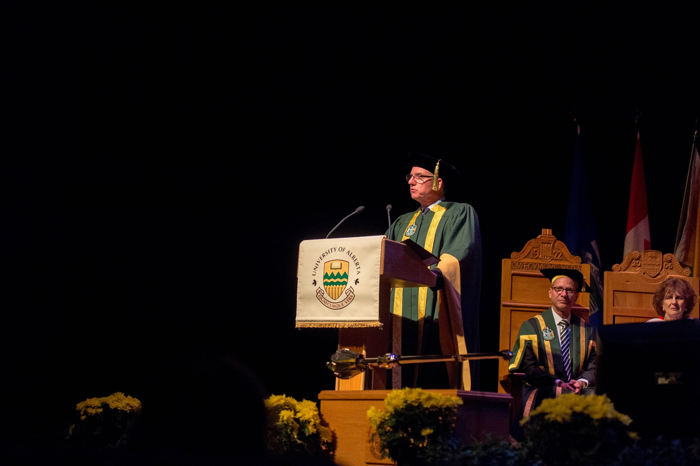 President Turpin presents Mary Robinson as an honorary degree candidate