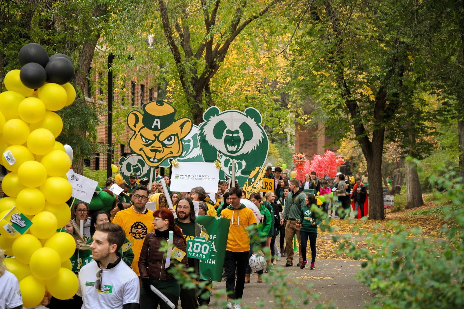 Green and Gold Day Parade, 2016