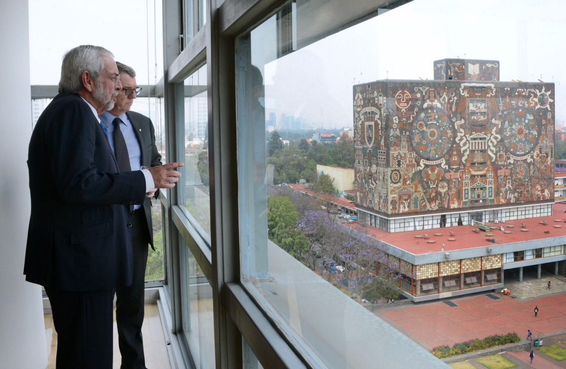 President Turpin looks out over campus at the National Autonomous University of Mexico