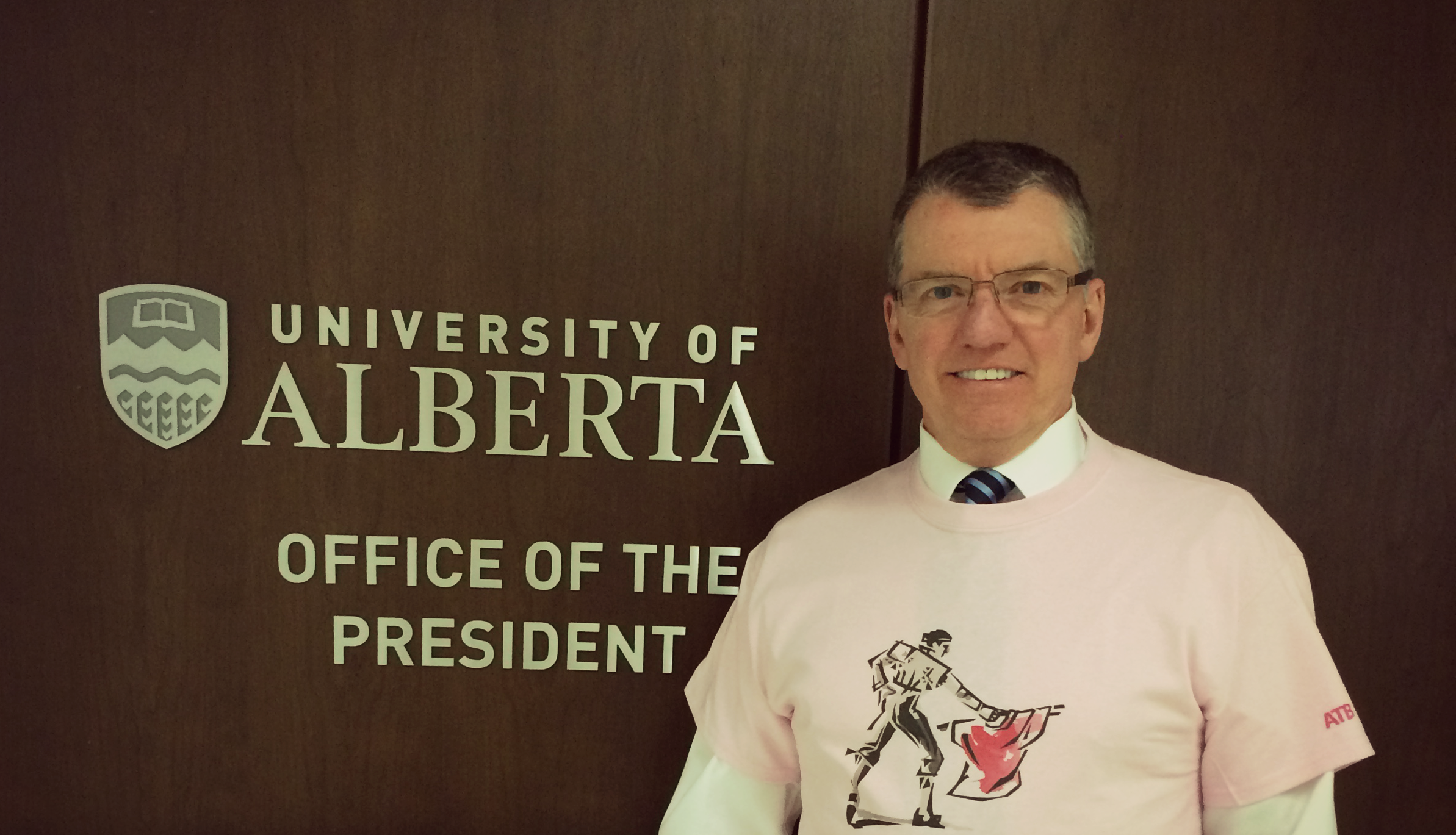 President David Turpin shows his support for Pink Shirt Day 2016