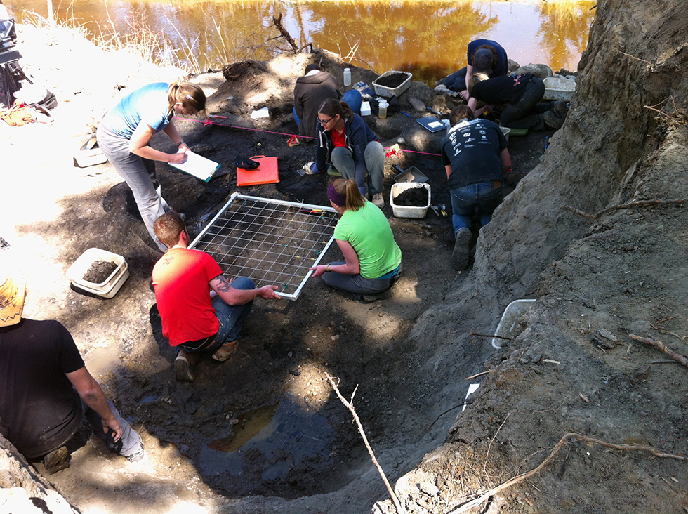 Behind the scenes of the making of Dino101 - Team dig site in Drumheller for UAlberta joint-project