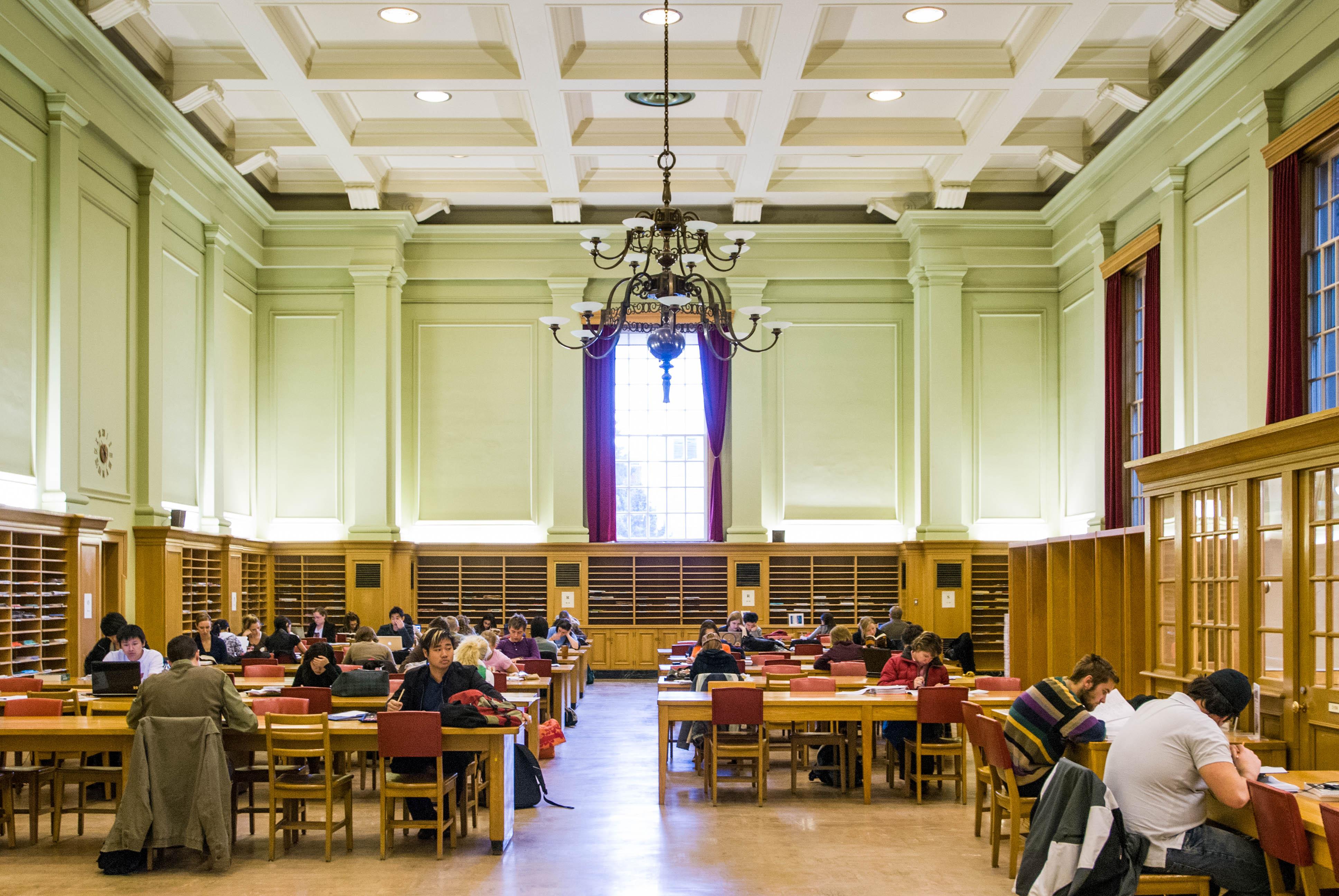 Academic English for Undergraduate Admission | University of
