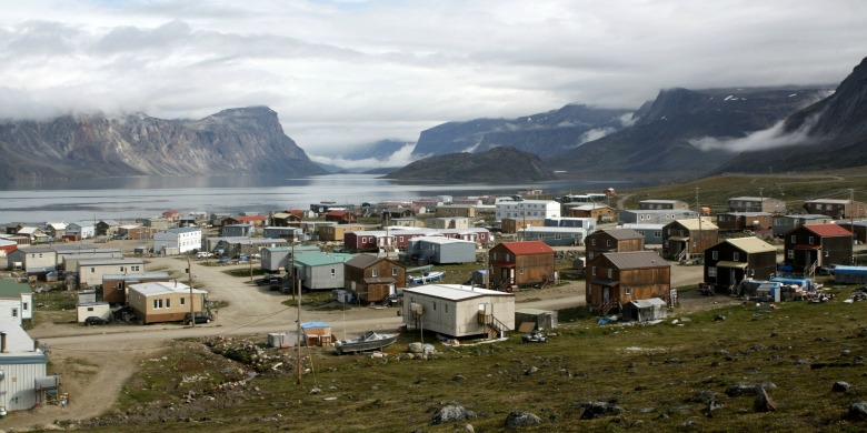 The hamlet of Pangnirtung, a community of about 1,400 people in Nunavut, is the centre of a new UAlberta-based project called Engage North.