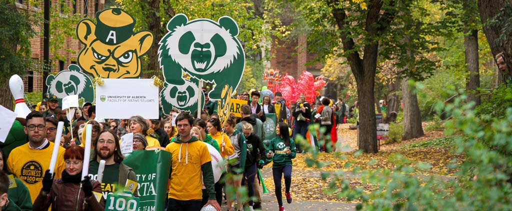 Green and Gold Day Parade 2016