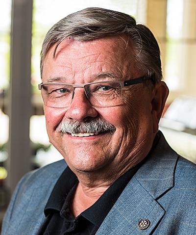 Wayne Lindwall