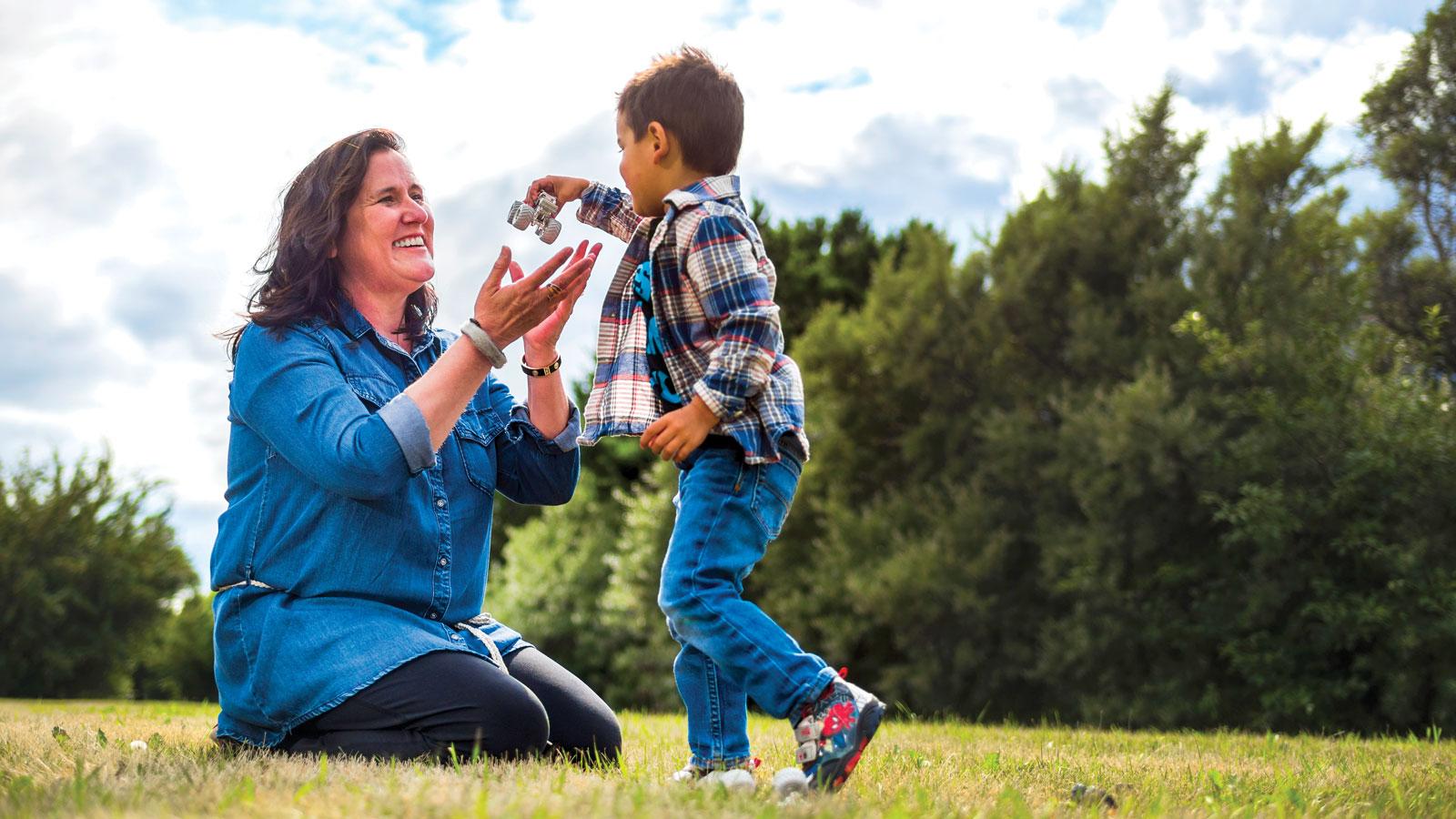 Norma Dunning, '12 BA(NativeStu), '12 Cert(AborGov/Ptnshp), '14 MA with her three-year-old grandson