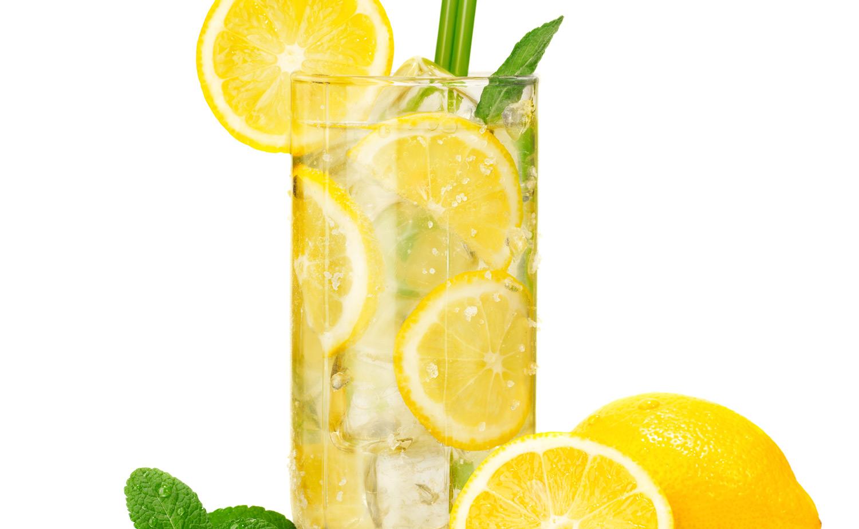 Is lemon water good for your teeth? | School of Dentistry