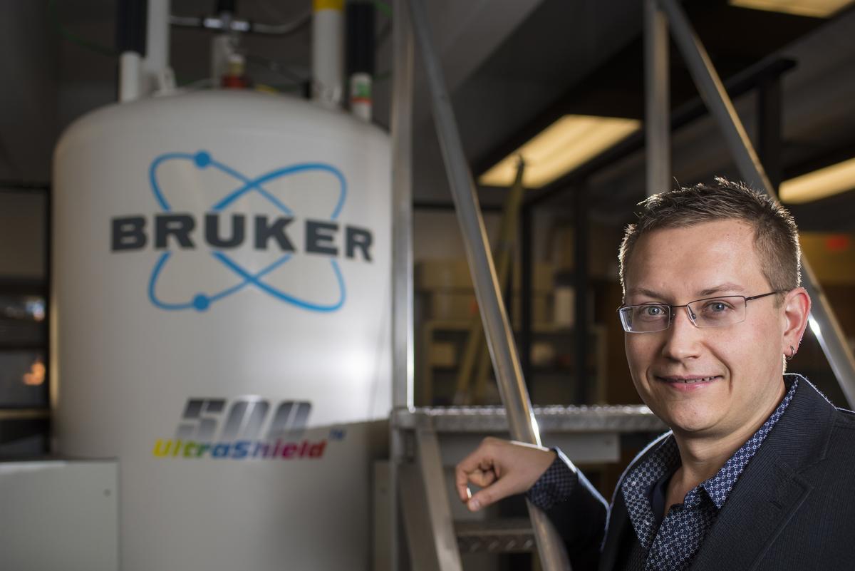Professor Vladimir Michaelis is bringing next-generation of materials science to the University of Alberta. Photo credit: John Ulan