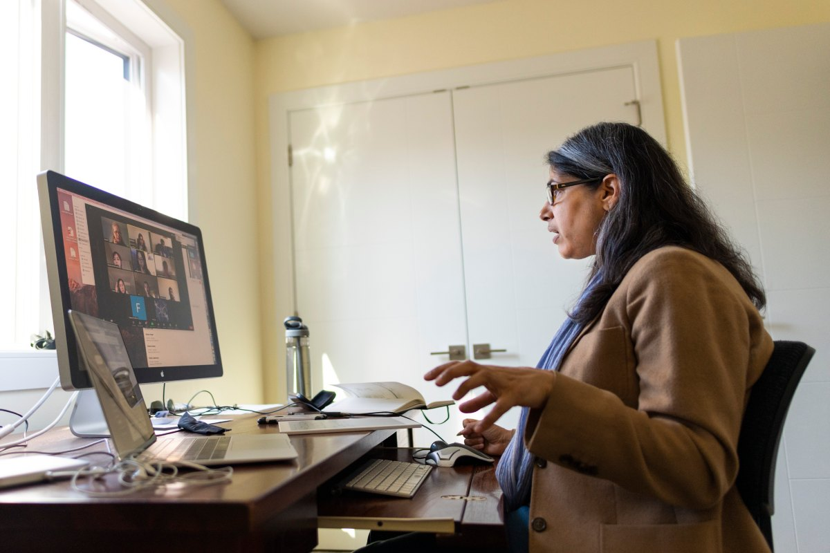 Lara Mahal, professor in the Department of Chemistry, Canada Excellence Research Chair in Glycomics, and Associate Director of Clinical Partnerships for GlycoNet, hosts a webinar on glycomics research.
